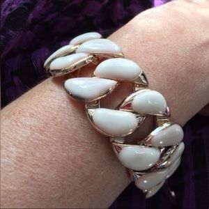 Boutique Jewelry - Resin Bracelet